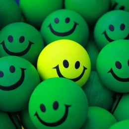Green_Smiley-wallpaper-10855409